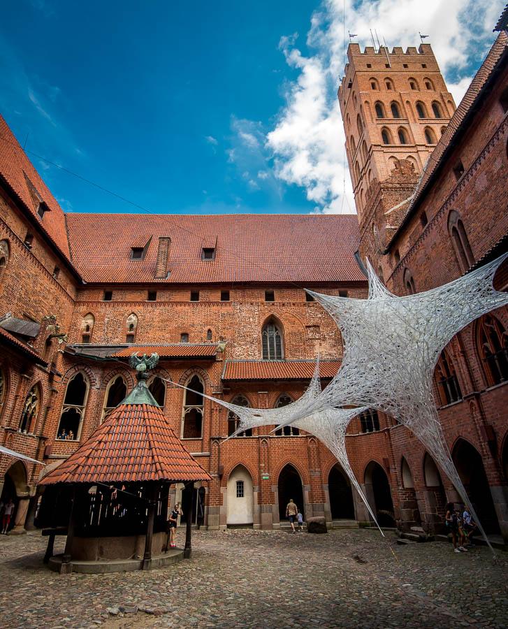 Marienburg, Polen, Burghof